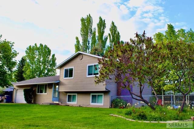 4215 Poa Street, Idaho Falls, ID 83401 (MLS #2129689) :: Silvercreek Realty Group