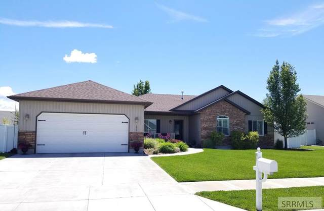 1830 Sunny Pine Way, Idaho Falls, ID 83404 (MLS #2130187) :: Team One Group Real Estate