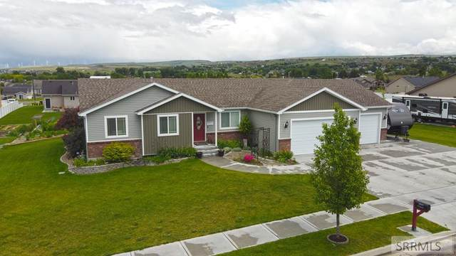 5537 S Cottontree Lane, Ammon, ID 83406 (MLS #2130423) :: Team One Group Real Estate