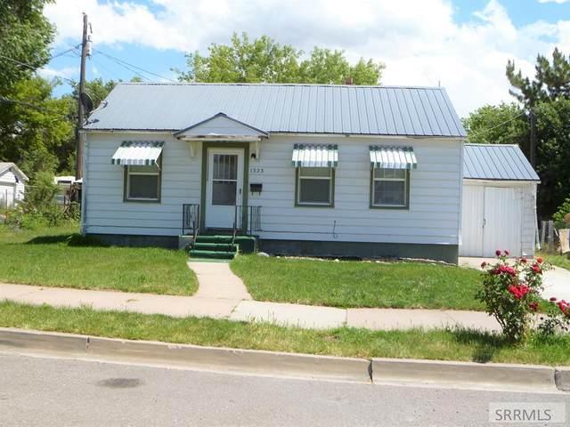 1323 E Lander Street, Pocatello, ID 83201 (MLS #2130504) :: Silvercreek Realty Group