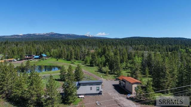 3555 Yale-Kilgore Road, Island Park, ID 83429 (MLS #2130960) :: The Group Real Estate