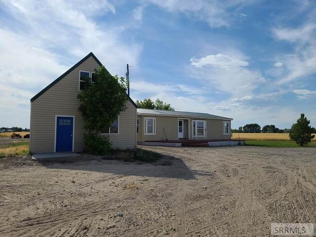 208 W 100 N, Blackfoot, ID 83221 (MLS #2131330) :: The Perfect Home