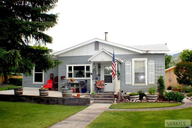 213 S St Charles Street, Salmon, ID 83467 (MLS #2131786) :: The Group Real Estate