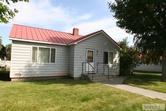 301 S 3rd Street, Challis, ID 83226 (MLS #2132423) :: Silvercreek Realty Group