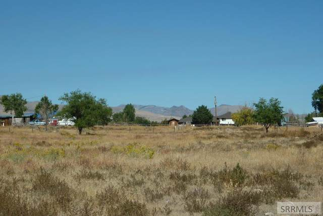 1723 Valley Avenue, Challis, ID 83226 (MLS #2132564) :: Team One Group Real Estate