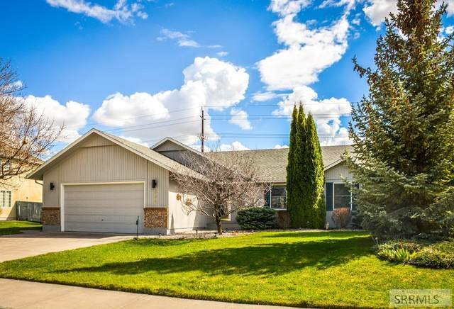 334 Springwood Lane, Idaho Falls, ID 83404 (MLS #2134048) :: Team One Group Real Estate