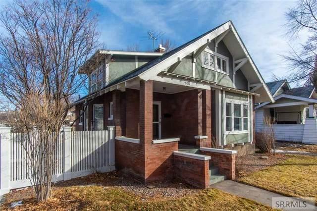 206 S 9th Street, Pocatello, ID 83201 (MLS #2134102) :: Team One Group Real Estate