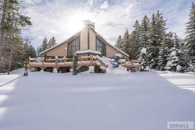 3810 Shoreline Drive, Island Park, ID 83429 (MLS #2134723) :: The Perfect Home