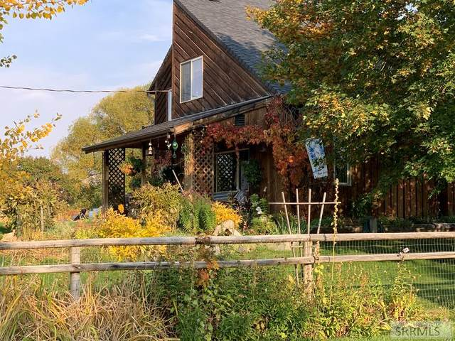 78 S Cherokee Road, Salmon, ID 83467 (MLS #2135224) :: The Perfect Home