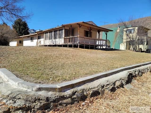 301 W Elkhorn Road, Salmon, ID 83467 (MLS #2135425) :: Silvercreek Realty Group