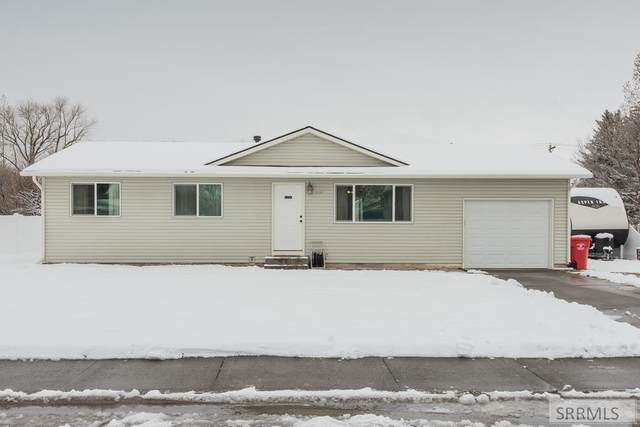 800 S Maurine Drive, Idaho Falls, ID 83401 (MLS #2135599) :: Team One Group Real Estate