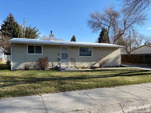 933 E Elva Street, Idaho Falls, ID 83401 (MLS #2135615) :: Team One Group Real Estate