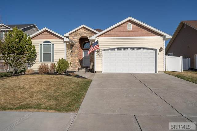 2870 Mary Drive, Idaho Falls, ID 83402 (MLS #2135707) :: Silvercreek Realty Group