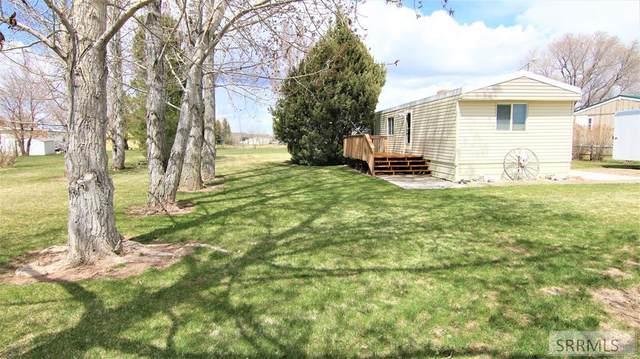 9494 Cottonwood Circle, Idaho Falls, ID 83402 (MLS #2135980) :: The Perfect Home