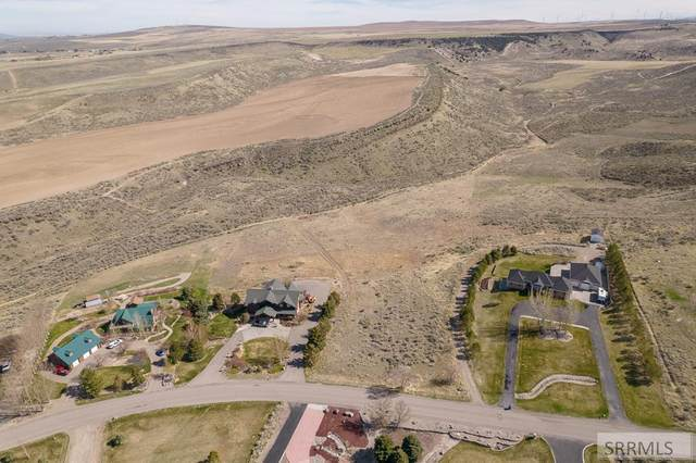 6965 E Val Verde Street, Ammon, ID 83406 (MLS #2136171) :: The Perfect Home