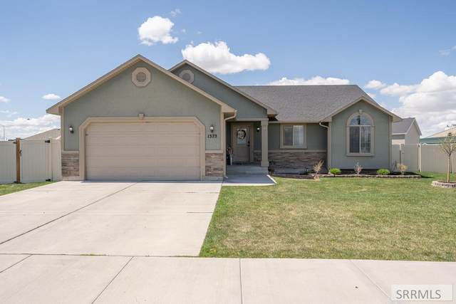 1375 N Indian Hollow Drive, Idaho Falls, ID 83401 (MLS #2136179) :: The Perfect Home