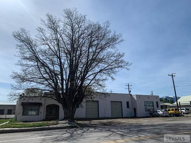 104 Challis Street, Salmon, ID 83467 (MLS #2136866) :: Silvercreek Realty Group