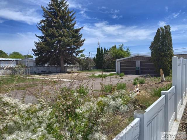 1024 Parkway Drive, Blackfoot, ID 83221 (MLS #2136921) :: The Perfect Home