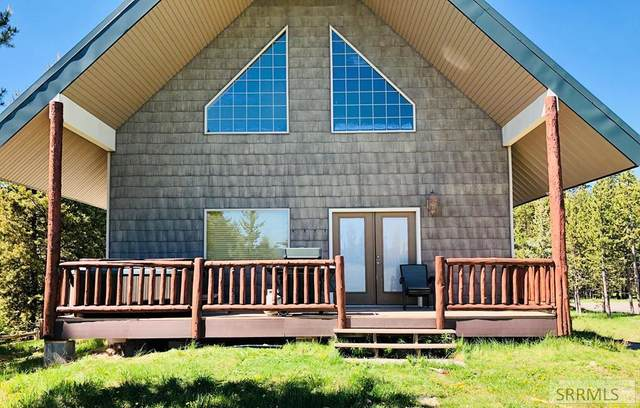 4189 N Big Springs Loop Road, Island Park, ID 83429 (MLS #2137150) :: The Perfect Home