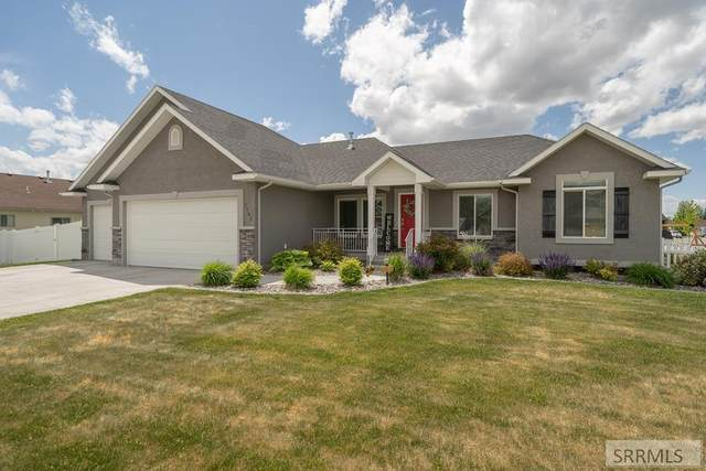 5502 Thatcher Avenue, Idaho Falls, ID 83404 (MLS #2137199) :: Silvercreek Realty Group