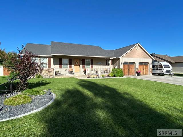 1246 Country Avenue, Blackfoot, ID 83221 (MLS #2137285) :: Team One Group Real Estate