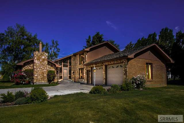 1426 N 1100 E, Shelley, ID 83274 (MLS #2137402) :: Team One Group Real Estate