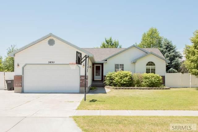 3850 Stonehaven Drive, Ammon, ID 83406 (MLS #2137594) :: Silvercreek Realty Group