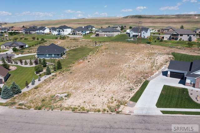 3803 S Founders Pointe Drive, Ammon, ID 83406 (MLS #2137659) :: Team One Group Real Estate
