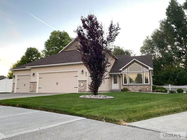 885 Pueblo Court, Idaho Falls, ID 83404 (MLS #2137827) :: The Perfect Home