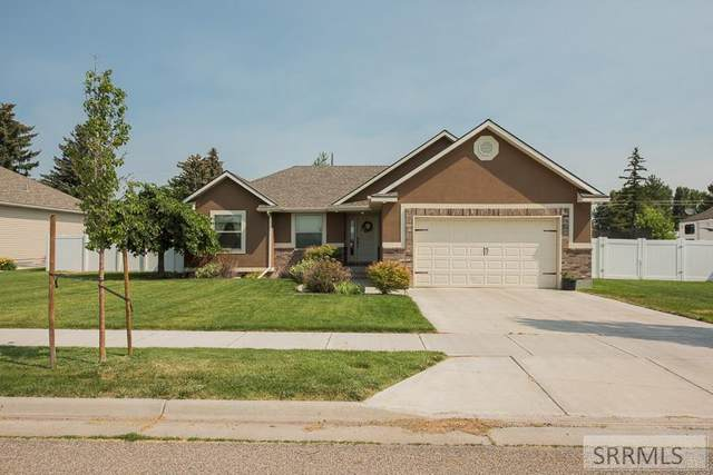 1602 N Indian Hollow Drive, Ammon, ID 83401 (MLS #2137975) :: Team One Group Real Estate