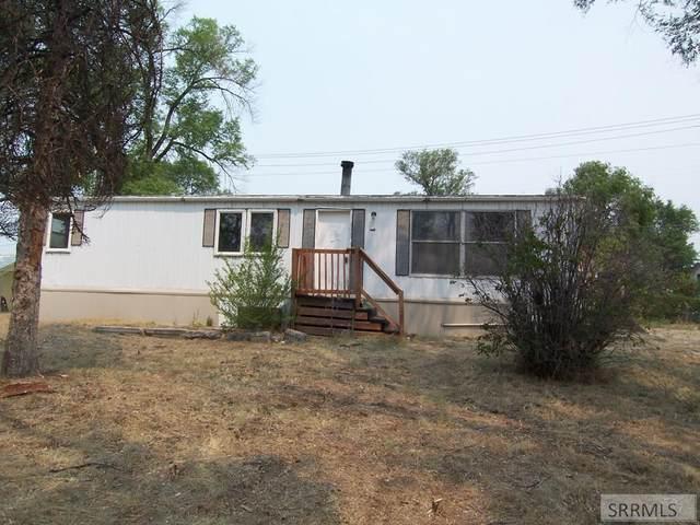 1420 W Carson Street, Idaho Falls, ID 83402 (MLS #2138057) :: Silvercreek Realty Group