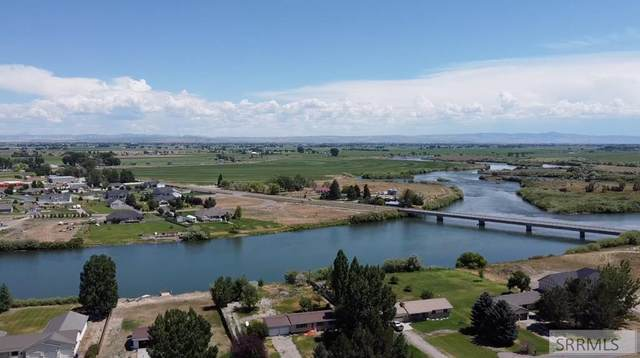 14 N 3167 E, Idaho Falls, ID 83402 (MLS #2138228) :: Silvercreek Realty Group