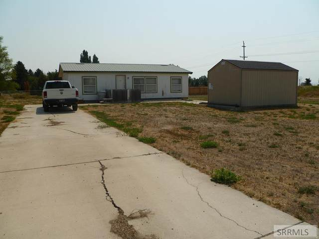 651 S 6th W, Aberdeen, ID 83210 (MLS #2138367) :: Team One Group Real Estate