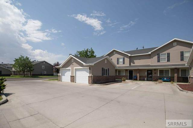 414 Pheasant Ridge Drive B, Pocatello, ID 83202 (MLS #2138399) :: Team One Group Real Estate