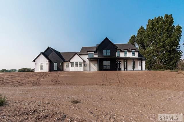 1955 E 81st S, Idaho Falls, ID 83404 (MLS #2138428) :: Team One Group Real Estate