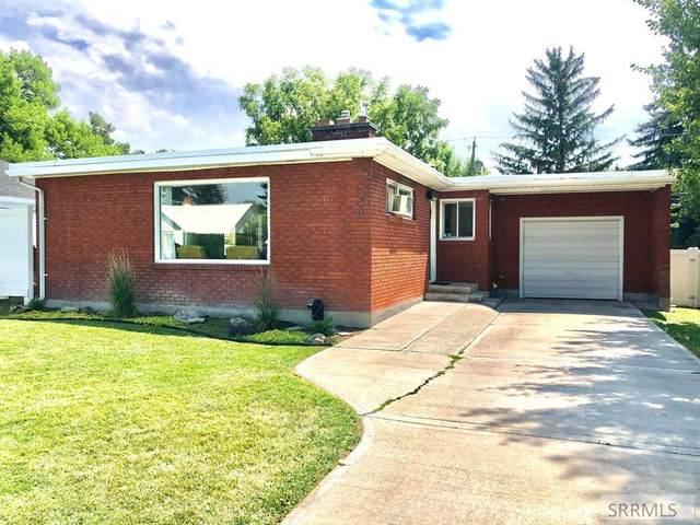 220 E 18th Street, Idaho Falls, ID 83404 (MLS #2138630) :: Silvercreek Realty Group