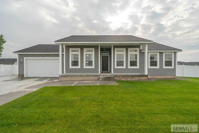3755 S Rich Lane, Ammon, ID 83406 (MLS #2139178) :: The Perfect Home