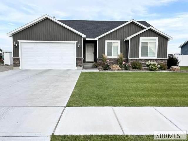 3938 N Rain Tree Street, Idaho Falls, ID 83401 (MLS #2139686) :: The Perfect Home