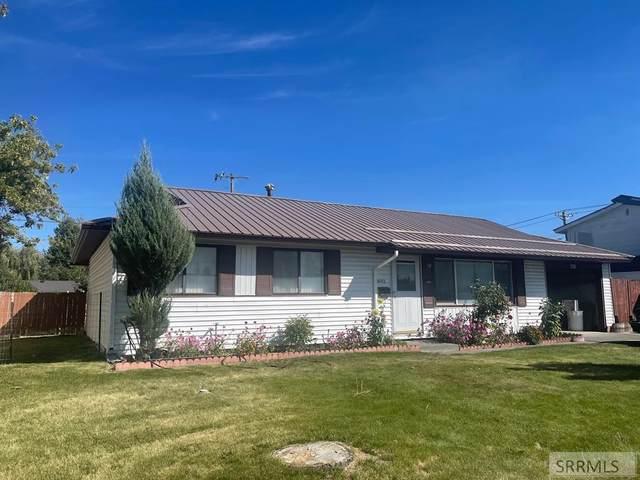 1653 Austin Avenue, Idaho Falls, ID 83404 (MLS #2139784) :: Team One Group Real Estate