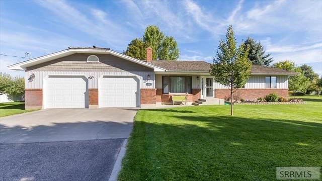 4665 E 49th N, Idaho Falls, ID 83401 (MLS #2139939) :: Silvercreek Realty Group