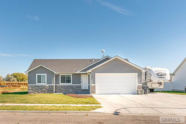 3948 Cove Fort Drive, Idaho Falls, ID 83401 (MLS #2140211) :: Team One Group Real Estate