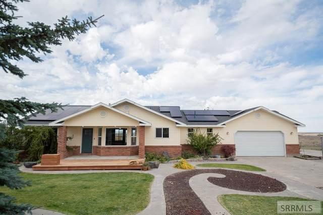 1360 S Rimline Drive, Idaho Falls, ID 83401 (MLS #2140438) :: Team One Group Real Estate