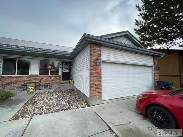 698 Woodruff Avenue, Idaho Falls, ID 83401 (MLS #2140443) :: Team One Group Real Estate
