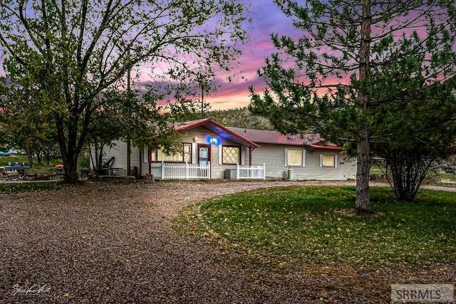 7895 W Pocatello Creek Road, Pocatello, ID 83201 (MLS #2140593) :: Silvercreek Realty Group