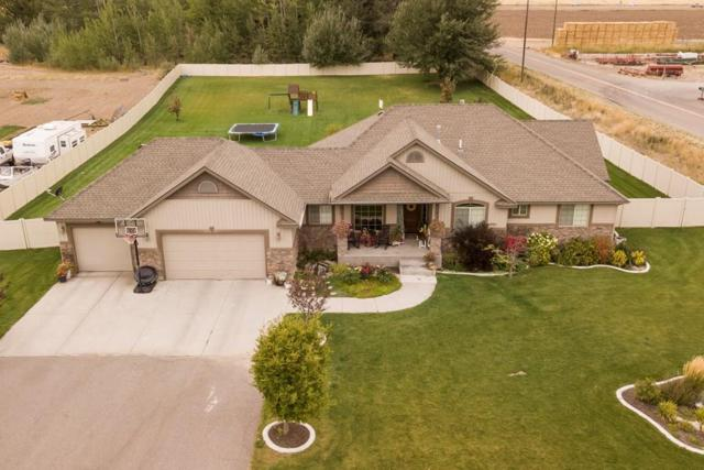 1598 N 750 E, Shelley, ID 83274 (MLS #2117664) :: The Perfect Home-Five Doors