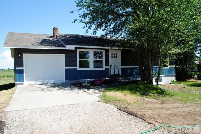 1054 N 4000 W, Rexburg, ID 83440 (MLS #2123476) :: The Perfect Home