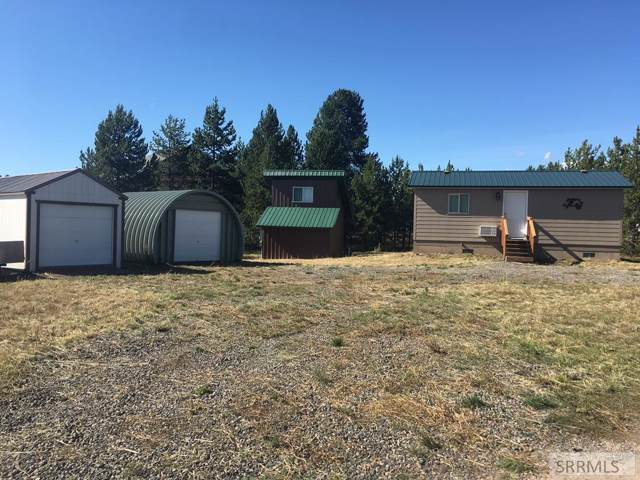 3419 Chestnut Drive, Island Park, ID 83429 (MLS #2124946) :: Team One Group Real Estate