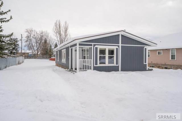 134 W 6 S, St Anthony, ID 83445 (MLS #2126709) :: Team One Group Real Estate