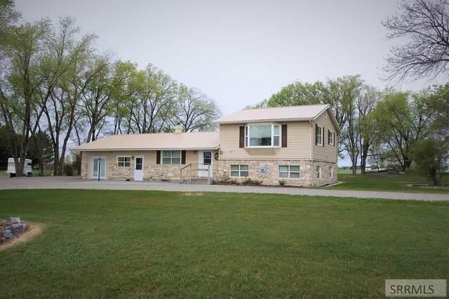 756 S 35 W, Idaho Falls, ID 83402 (MLS #2129432) :: The Perfect Home