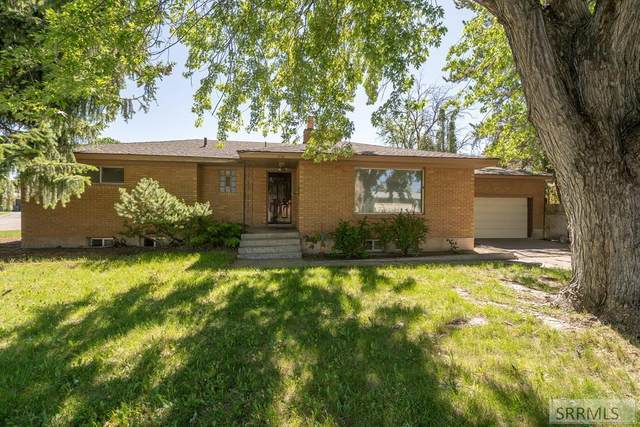 850 N Skyline Drive, Idaho Falls, ID 83401 (MLS #2135840) :: Team One Group Real Estate